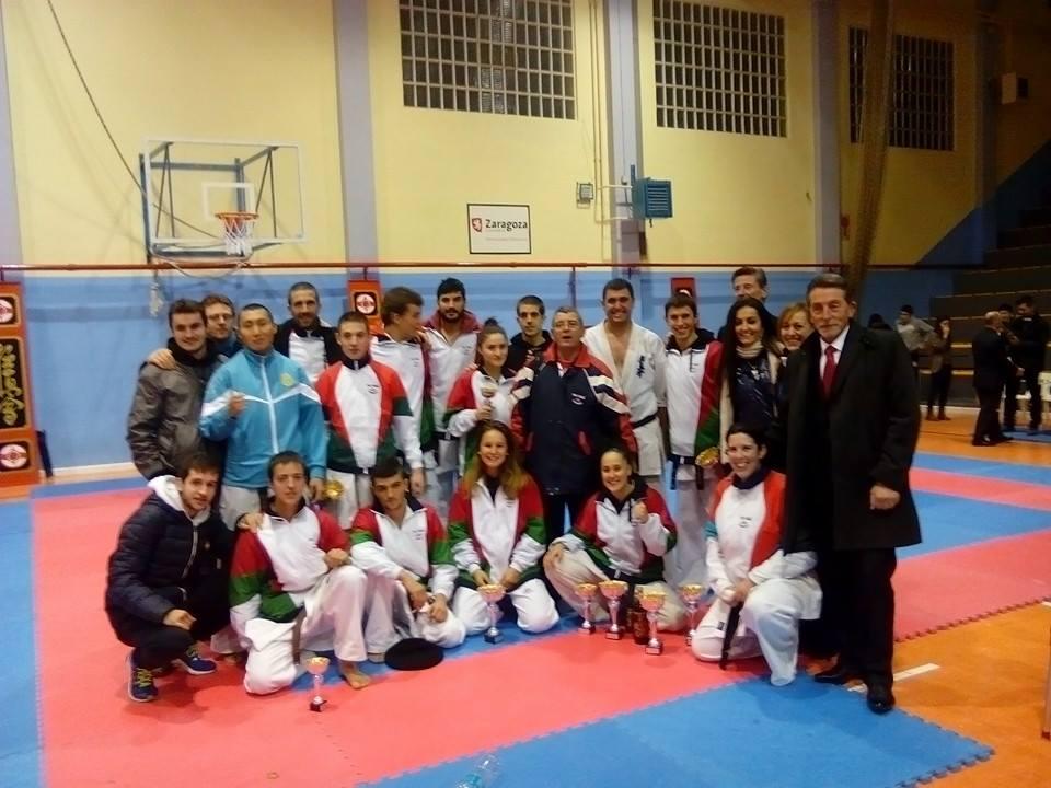 Xxxvi campeonato nacional de karate kyokushin gimnasio for Gimnasio yin yang