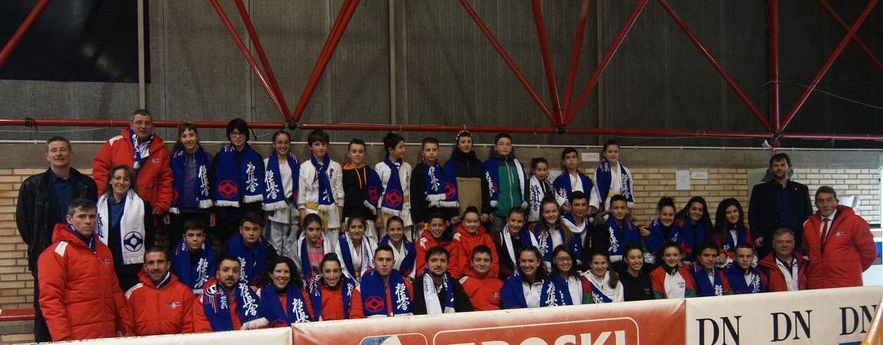 Camp nacional kyokushin tudela 2016 vuelta gimnasio yin yang for Gimnasio yin yang