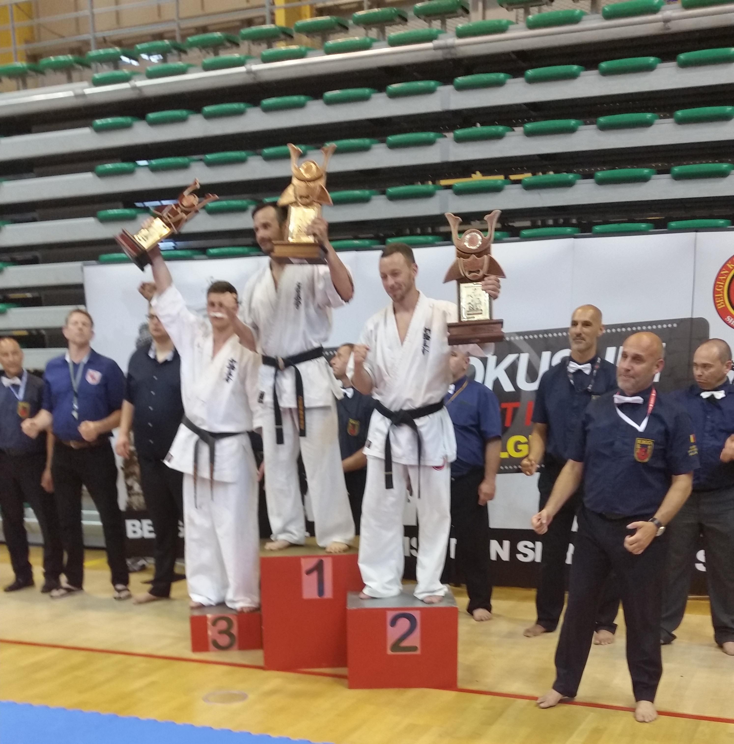 Kyokushin open belgica 2017 gimnasio yin yang for Gimnasio yin yang